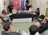 Ministra en reunión con organizaciones sociales de Canelones