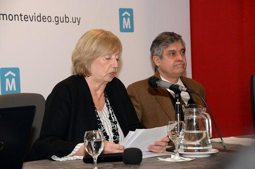 Ministra Muñoz con Blasina durante la conferencia