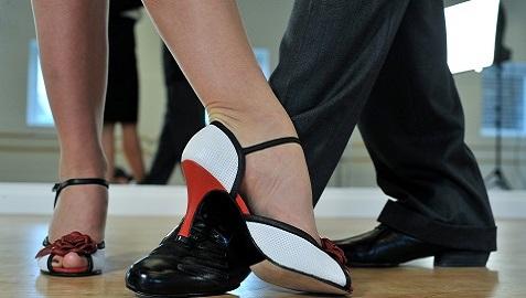 pies bailarines de tango
